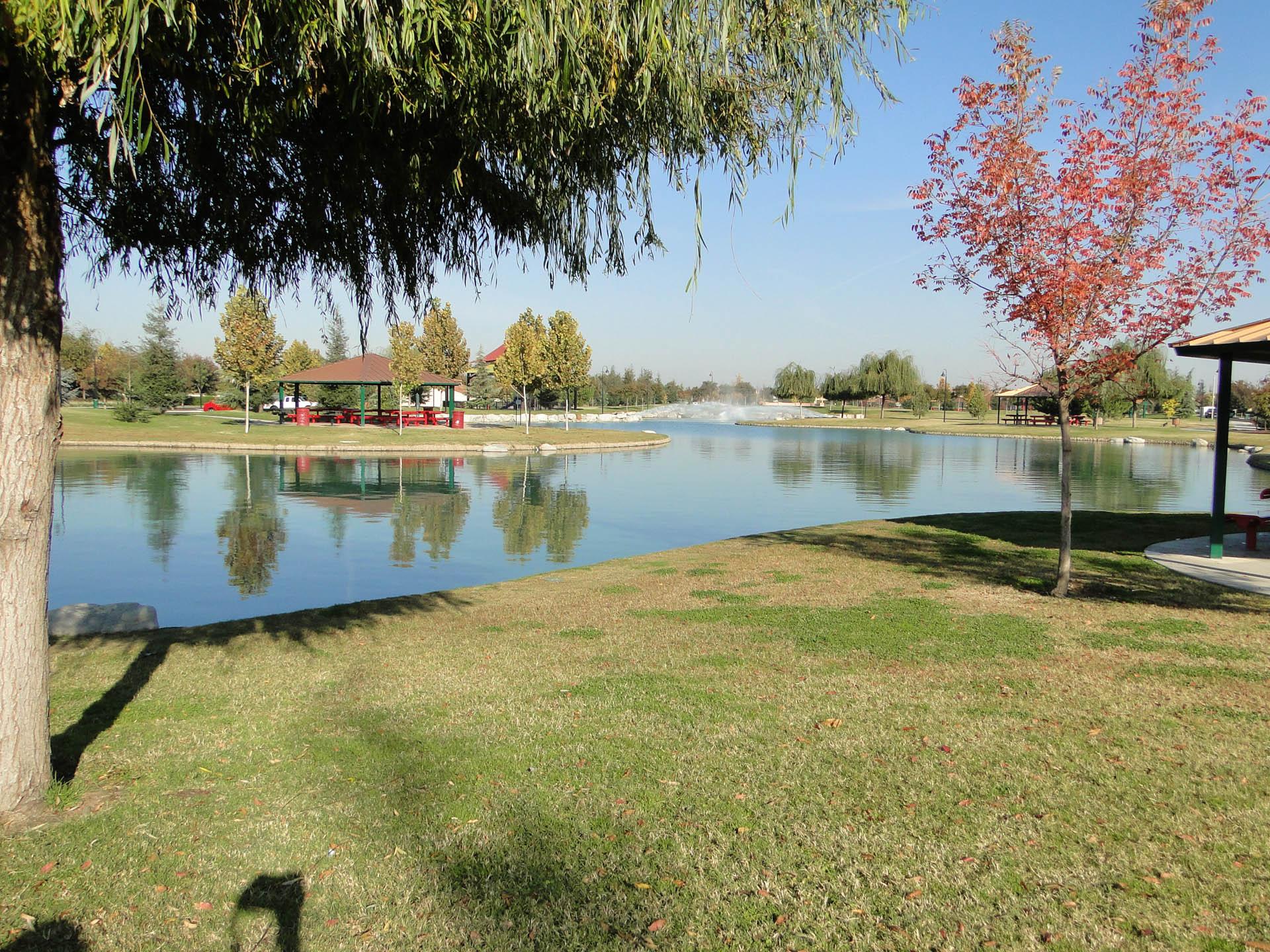 Del Lago Park 18